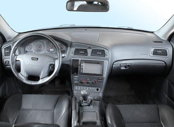 SKANDIX - Einbaubild Volvo V70 P26: Instrumentenbeleuchtung mit ...