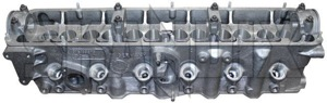 Zylinderkopf  (1036241) - Volvo 200, 700, 900 - 200er 240er 242 244 245 2er 700 700er 740 740er 744 745 7er 900er 940 940er 944 945 9er p240 p242 p244 p245 zylinderkoepfe zylinderkopf Hausmarke altem aus diesel lagerbestand neuteil new nockenwelle nos nos  ohne old stock ventile