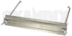 Batteriebefestigung  (1071583) - Volvo 120 130 220 - 121 122 122s 130 131 220 amazon amazone batteriebefestigung batteriehalter p120 p121 p122 p122s p130 p131 p220 skandix
