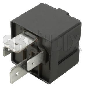 Relay Glow plug system  (1071785) - Volvo S60 (-2009), S80 (-2006), V70 P26, XC70 (2001-2007), XC90 (-2014) - relais relay glow plug system Own-label central central  compartment electrical engine glow glowrelay plug system