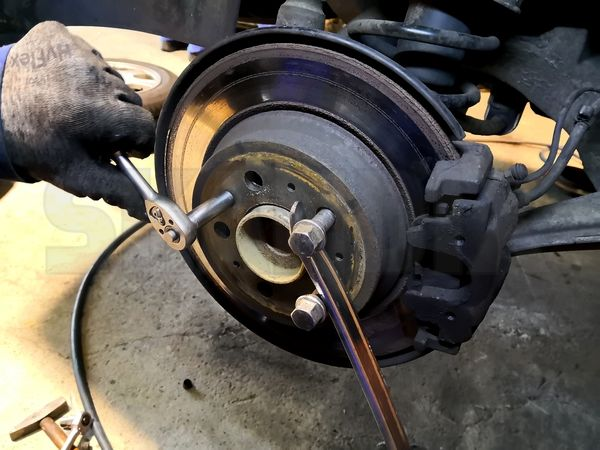 Volo S60//S80//XC90// Brake Shoe Hold Down Sping/'s