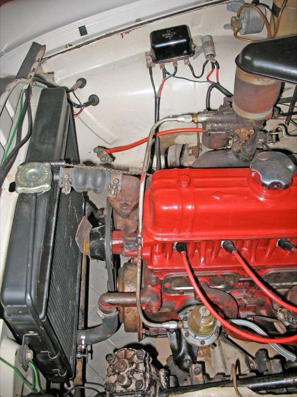 Volvo 120 130: Motorraum