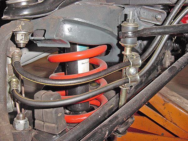 Volvo 140: Aufhängung, vorne