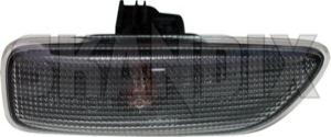 Blinkleuchte, Seite rechts 30722642 (1009455) - Volvo S60 (-2009), S80 (-2006), V70 P26, XC90 (-2014) - blinker blinkerglas blinkerleuchte blinkerleuchtenglas blinkerlicht blinkerlichtglas blinkleuchte blinkleuchte seite rechts blinkleuchten blinkleuchtenglas blinklicht blinklichtglas cross country estate fahrtrichtunganzeiger fahrtrichtungsanzeige fahrtrichtungsanzeiger fahrtrichtungsanzeigerglas gelaendewagen kombi lampen leuchten licht limousine p26 s60 s60i s80 s80i s80l sedan seitenblinker seitenblinkleuchten seitlicher stufenheck suv v70 v70ii wagon xc90 Original fassung gluehbirne gluehlampe heckleuchtenlampentraeger kotfluegel lampenfassung lampentraeger leuchtemtraeger leuchtmittel mit rechte rechter rechts rechtsseitig reflectoren reflektoren rueckleuchtenlampentraeger rueckleuchtentraeger ruecklichtlampentraeger ruecklichttraeger schlussleuchtenlampentraeger schlussleuchtentraeger schlusslichttraeger seite
