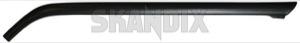 Drip rail moulding right A-pillar 1312722 (1026977) - Volvo 200 - drip rail moulding right a pillar drip rail moulding right apillar trim moulding Genuine apillar a pillar black right