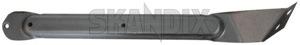 Halter, Schmutzfänger vorne rechts 1254042 (1027512) - Volvo 200 - 200er 240er 242 244 245 260er 262 262er 264 265 2er halter schmutzfaenger vorne rechts halterungen p240 p242 p244 p245 p260 p262 p264 p265 reparaturbleche repbleche rep bleche repstuecke rep stuecke schmutzfaengerhalter spritzschutzhalter Original rechter rechts vorderer vorne